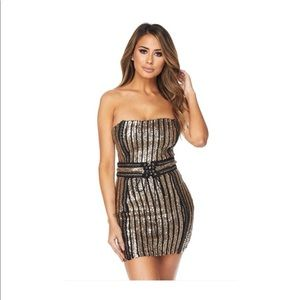 Dresses & Skirts - Strapless gold and black sequin dress